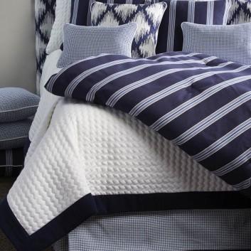 couvre lit novabress coin. Black Bedroom Furniture Sets. Home Design Ideas